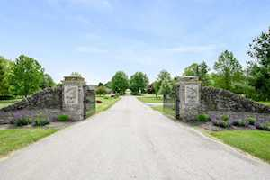 223 Plantations Winchester, KY 40391
