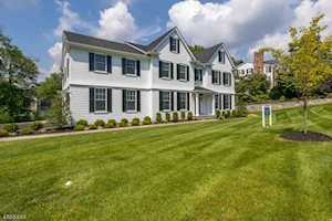 10 Rolling Hill Dr Chatham Twp., NJ 07928
