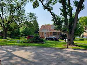 10833 Cantigny Rd Countryside, IL 60525