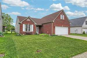 2346 Willowview Drive Indianapolis, IN 46239
