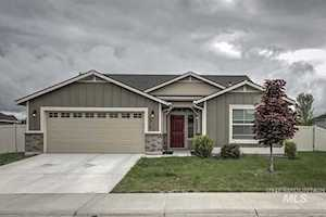 1715 N OK Corral Way Star, ID 83669