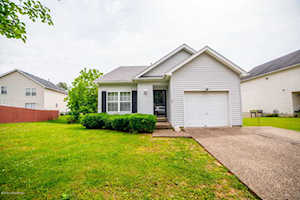 4301 Willowview Blvd Louisville, KY 40299
