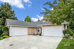 5568 S Caper Place Boise, ID 83716