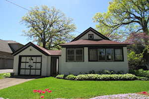 1805 Chapel Ct Northbrook, IL 60062