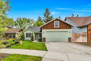 20527 Rolen Avenue Bend, OR 97702