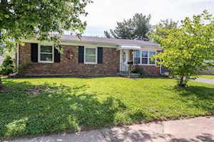 612 Cricklewood Drive Lexington, KY 40505