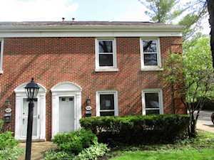 1625 Pebblecreek Dr Glenview, IL 60025