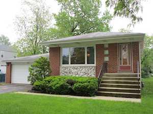 636 W Gladys Ave Elmhurst, IL 60126