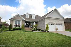 4925 Carriage Pass Pl Louisville, KY 40299