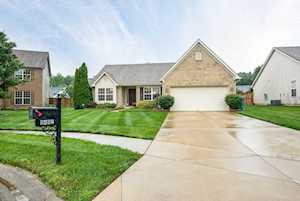 9402 Black Powder Ct Louisville, KY 40228