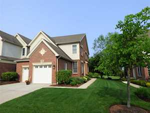 13 Red Tail Dr Hawthorn Woods, IL 60047