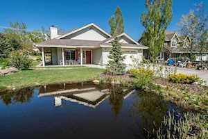 33 Sierra Springs Crowley Lake, CA 93546