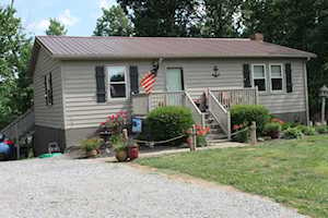 166 Lakeridge Drive Lancaster, KY 40444