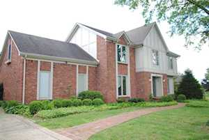 11122 Brookstone Ct Louisville, KY 40223