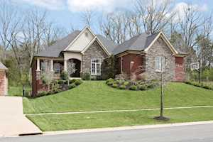 17115 Shakes Creek Dr Fisherville, KY 40023