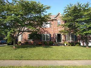 4548 Cherry Forest Cir Louisville, KY 40245