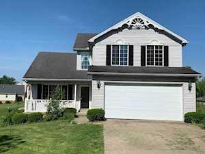 2325 Cedarwood Dr Maysville, KY 41056