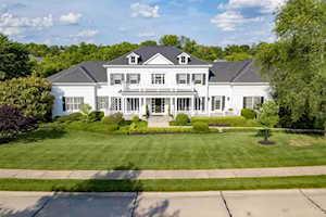 916 Squire Oaks Drive Villa Hills, KY 41017