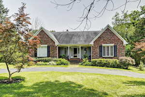 3314 Shallow Cove Ct Crestwood, KY 40014