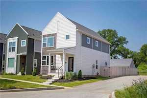 32 Central Greens Boulevard Indianapolis, IN 46222