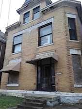 2802 W Chestnut St Louisville, KY 40211