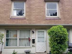 1713 Queensbury Circle #5921 Hoffman Estates, IL 60169