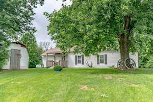 3791 Hickory Ridge Rd Waddy, KY 40076