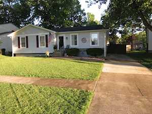 8908 Hatlerhall Dr Louisville, KY 40291