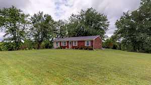40 Thomas Ln Taylorsville, KY 40071