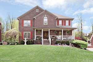 4309 Silver Oaks Ct Louisville, KY 40272