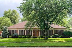 2417 Hayward Rd Louisville, KY 40242