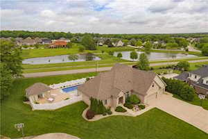 5352 Oakbrook Place Plainfield, IN 46168