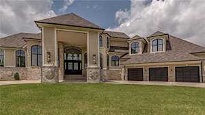 8816 Waterside Drive Indianapolis, IN 46278