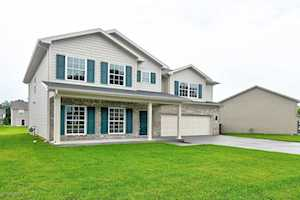 9114 River Trail Dr Louisville, KY 40229