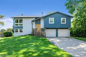 5 W Stonegate Dr Prospect Heights, IL 60070