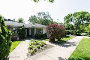 745 Indian Rd Glenview, IL 60025