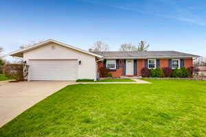 3690 Winston Place Hoffman Estates, IL 60192