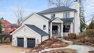 205 Norfolk Ave Clarendon Hills, IL 60514