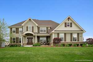 650 Slate Run Elgin, IL 60124