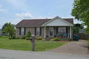 448 Beechcliff Cir Shepherdsville, KY 40165