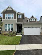 1100 Ironwood Ct Glenview, IL 60025