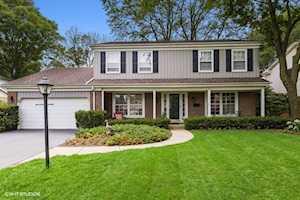 1413 Royal Oak Ln Glenview, IL 60025