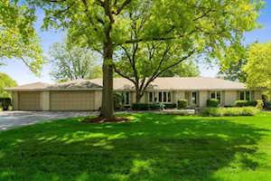 2429 Lexington Dr Long Grove, IL 60047