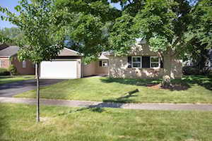 430 Arborgate Ln Buffalo Grove, IL 60089
