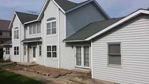 16W368 W Hillside Ln Willowbrook, IL 60527
