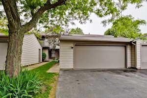 814 Hughes Place Vernon Hills, IL 60061