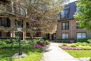1 The Court of Harborside Ct #202 Northbrook, IL 60062