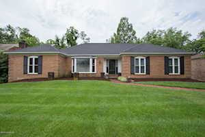 2014 Bainbridge Row Dr Louisville, KY 40207