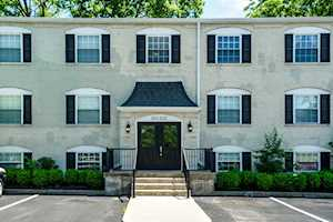 207 Middletown Square Louisville, KY 40243