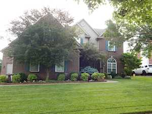 4102 Stone Lakes Dr Louisville, KY 40299
